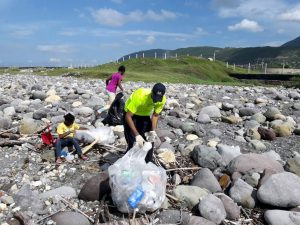 internationalCoastalCleanup06