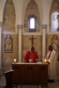 Eucharist_StGeorgeCathedral_Jerusalem_12052019